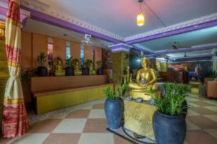 /cs-cz/adan-world-hostel/hotel/siem-reap-kh.html?asq=jGXBHFvRg5Z51Emf%2fbXG4w%3d%3d