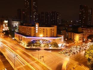 /vi-vn/leeden-hotel-chengdu/hotel/chengdu-cn.html?asq=jGXBHFvRg5Z51Emf%2fbXG4w%3d%3d