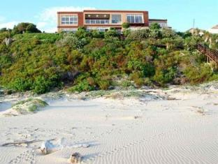 /ca-es/the-dune-guest-lodge/hotel/wilderness-za.html?asq=jGXBHFvRg5Z51Emf%2fbXG4w%3d%3d