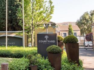 /cs-cz/courtyard-hotel-eastgate-johannesburg/hotel/johannesburg-za.html?asq=jGXBHFvRg5Z51Emf%2fbXG4w%3d%3d
