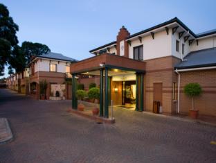 /cs-cz/courtyard-hotel-rosebank-johannesburg/hotel/johannesburg-za.html?asq=jGXBHFvRg5Z51Emf%2fbXG4w%3d%3d