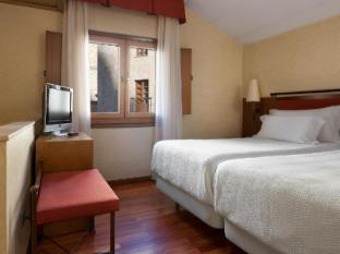 /et-ee/nh-palacio-de-castellanos/hotel/salamanca-es.html?asq=jGXBHFvRg5Z51Emf%2fbXG4w%3d%3d