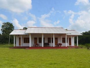 /da-dk/ruins-villa/hotel/polonnaruwa-lk.html?asq=jGXBHFvRg5Z51Emf%2fbXG4w%3d%3d