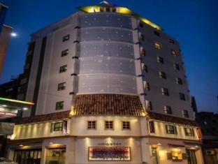 /zh-tw/uniqstay-hostel-suite/hotel/busan-kr.html?asq=jGXBHFvRg5Z51Emf%2fbXG4w%3d%3d