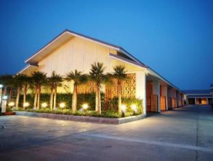 Roses Huahin Hotel