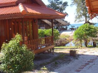 Frog Beach House