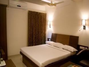 /ca-es/hotel-maniam-classic-west-wing/hotel/tiruppur-in.html?asq=jGXBHFvRg5Z51Emf%2fbXG4w%3d%3d