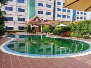 /de-de/new-pursat-century-hotel/hotel/sampov-meas-kh.html?asq=jGXBHFvRg5Z51Emf%2fbXG4w%3d%3d