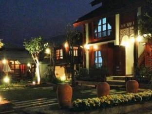 /ar-ae/huan-aumpron-resort/hotel/phrae-th.html?asq=jGXBHFvRg5Z51Emf%2fbXG4w%3d%3d