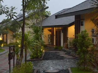 /bg-bg/bess-resort-and-waterpark/hotel/malang-id.html?asq=jGXBHFvRg5Z51Emf%2fbXG4w%3d%3d