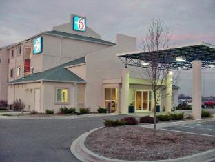 /ca-es/motel-6-seymour-north/hotel/seymour-in-us.html?asq=jGXBHFvRg5Z51Emf%2fbXG4w%3d%3d