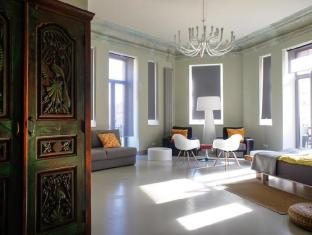 /el-gr/hostel-club-chao-mama/hotel/saint-petersburg-ru.html?asq=jGXBHFvRg5Z51Emf%2fbXG4w%3d%3d