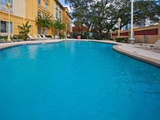 /cs-cz/la-quinta-inn-suites-tampa-usf/hotel/tampa-fl-us.html?asq=jGXBHFvRg5Z51Emf%2fbXG4w%3d%3d