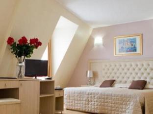 /uk-ua/hotel-lebron/hotel/paris-fr.html?asq=jGXBHFvRg5Z51Emf%2fbXG4w%3d%3d