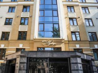 /pt-br/aglaya-hotel-and-courtyard/hotel/saint-petersburg-ru.html?asq=jGXBHFvRg5Z51Emf%2fbXG4w%3d%3d