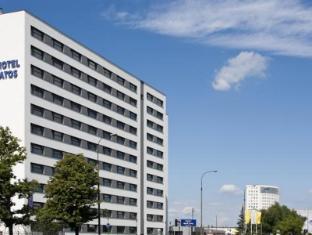 /hi-in/start-hotel-atos/hotel/warsaw-pl.html?asq=jGXBHFvRg5Z51Emf%2fbXG4w%3d%3d