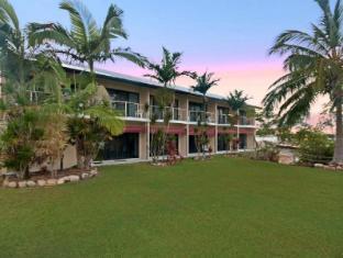 /ca-es/hinchinbrook-marine-cove-motel/hotel/ingham-au.html?asq=jGXBHFvRg5Z51Emf%2fbXG4w%3d%3d