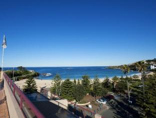 Coogee Sands Hotel
