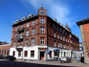 /cs-cz/hotel-skandia/hotel/helsingor-dk.html?asq=jGXBHFvRg5Z51Emf%2fbXG4w%3d%3d