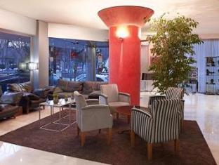 /cs-cz/aparthotel-atenea-valles/hotel/granollers-es.html?asq=jGXBHFvRg5Z51Emf%2fbXG4w%3d%3d