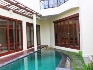Dana Villa Bali
