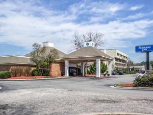 /bg-bg/rodeway-inn/hotel/fayetteville-nc-us.html?asq=jGXBHFvRg5Z51Emf%2fbXG4w%3d%3d
