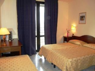 /ar-ae/hotel-albatros/hotel/calenzano-it.html?asq=jGXBHFvRg5Z51Emf%2fbXG4w%3d%3d