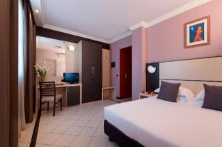/en-au/cdh-my-one-hotel-la-spezia/hotel/la-spezia-it.html?asq=jGXBHFvRg5Z51Emf%2fbXG4w%3d%3d
