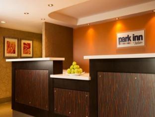 /ar-ae/park-inn-by-radisson-toronto-markham/hotel/markham-on-ca.html?asq=jGXBHFvRg5Z51Emf%2fbXG4w%3d%3d