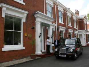 /sl-si/the-edgbaston-palace-hotel/hotel/birmingham-gb.html?asq=jGXBHFvRg5Z51Emf%2fbXG4w%3d%3d