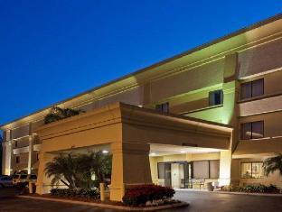 /cs-cz/la-quinta-inn-suites-tampa-fairgrounds-casino/hotel/tampa-fl-us.html?asq=jGXBHFvRg5Z51Emf%2fbXG4w%3d%3d