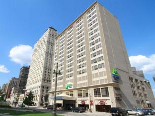 /ar-ae/holiday-inn-express-hotel-suites-detroit-downtown/hotel/detroit-mi-us.html?asq=jGXBHFvRg5Z51Emf%2fbXG4w%3d%3d