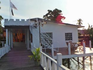 /bg-bg/scuba-tiger-semporna-holiday-resort/hotel/semporna-my.html?asq=jGXBHFvRg5Z51Emf%2fbXG4w%3d%3d