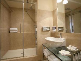 /hi-in/hotel-accademia/hotel/verona-it.html?asq=jGXBHFvRg5Z51Emf%2fbXG4w%3d%3d