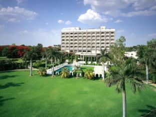 /ca-es/the-gateway-hotel-fatehabad-road-agra/hotel/agra-in.html?asq=jGXBHFvRg5Z51Emf%2fbXG4w%3d%3d