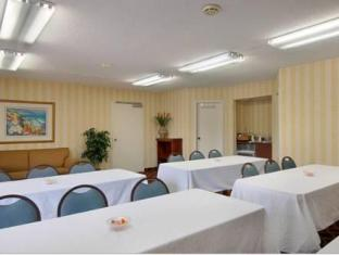 /ca-es/red-roof-inn-wilmington-nc/hotel/wilmington-nc-us.html?asq=jGXBHFvRg5Z51Emf%2fbXG4w%3d%3d