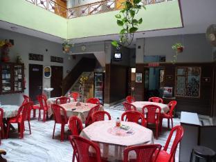 /bg-bg/teerth-guest-house/hotel/varanasi-in.html?asq=jGXBHFvRg5Z51Emf%2fbXG4w%3d%3d