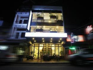 Lance Court Hotel