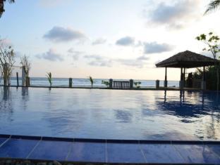 /ca-es/ocean-crest-hotel/hotel/unawatuna-lk.html?asq=jGXBHFvRg5Z51Emf%2fbXG4w%3d%3d