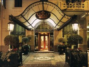 /cs-cz/andreola-central-hotel/hotel/milan-it.html?asq=jGXBHFvRg5Z51Emf%2fbXG4w%3d%3d