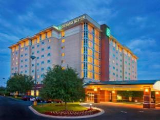 /cs-cz/embassy-suites-north-charleston-airport-hotel-convention/hotel/charleston-sc-us.html?asq=jGXBHFvRg5Z51Emf%2fbXG4w%3d%3d