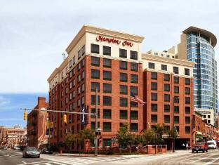 /ca-es/hampton-inn-baltimore-downtown-convention-center/hotel/baltimore-md-us.html?asq=jGXBHFvRg5Z51Emf%2fbXG4w%3d%3d
