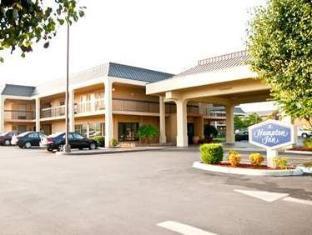 /de-de/clarion-inn-cleveland/hotel/cleveland-tn-us.html?asq=jGXBHFvRg5Z51Emf%2fbXG4w%3d%3d