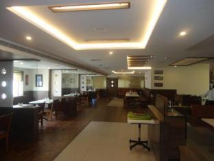 /ar-ae/hotel-mmr-gardens/hotel/madurai-in.html?asq=jGXBHFvRg5Z51Emf%2fbXG4w%3d%3d