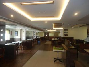 /bg-bg/hotel-mmr-gardens/hotel/madurai-in.html?asq=jGXBHFvRg5Z51Emf%2fbXG4w%3d%3d