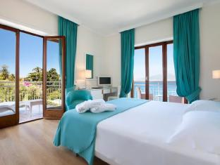 /it-it/hotel-regina/hotel/sorrento-it.html?asq=jGXBHFvRg5Z51Emf%2fbXG4w%3d%3d
