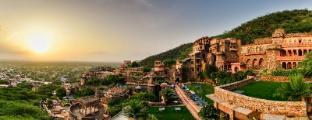 /bg-bg/neemrana-fort-palace/hotel/alwar-in.html?asq=jGXBHFvRg5Z51Emf%2fbXG4w%3d%3d