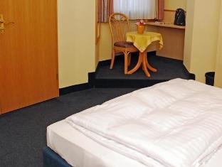 /it-it/city-partner-hotel-strauss/hotel/wurzburg-de.html?asq=jGXBHFvRg5Z51Emf%2fbXG4w%3d%3d