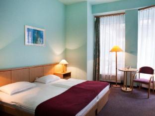 /es-es/city-hotel-pilvax/hotel/budapest-hu.html?asq=jGXBHFvRg5Z51Emf%2fbXG4w%3d%3d