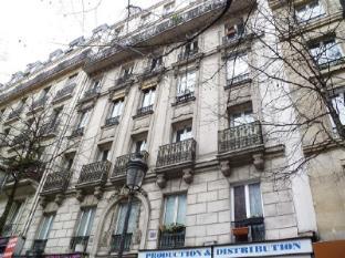 Apartment Boulevard Barbes Paris